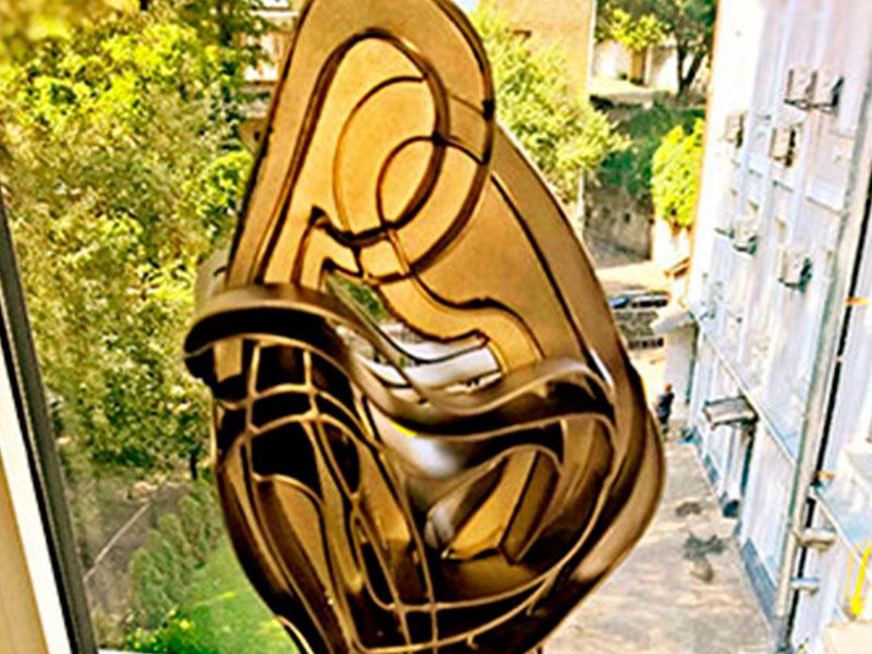 Скульптура Эскиз девушки с парнем из нержавейки